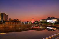 济南泉城广场夕阳美景